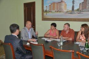 Слушатели курса подготовки управленческих кадров посетили администрацию города