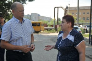 Встречи с жителями в районах помогают оперативно решать проблемы