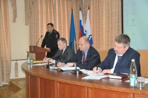 Меры безопасности на время проведения юбилейных торжеств обсудили в городской администрации