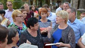 Ирина Егорова продолжает встречи с горожанами в микрорайонах