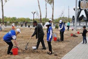 В Астрахани почтили память работников, погибших на производстве
