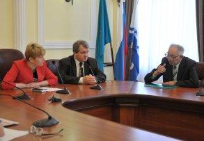 Ирина Егорова обсудила с общественниками вопросы ЖКХ