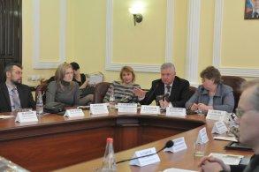 Михаил Столяров нашел решение проблемы с бездомными животными в Астрахани