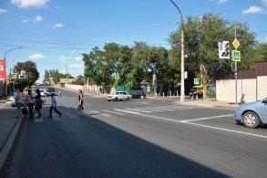 В Астрахани на оживленном перекрестке установили светофор
